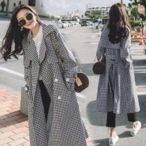 韓國東大門秋季新款韓版經典復古俏皮黑白格子過膝質感長版風衣綁帶外套