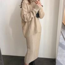 韓國東大門韓版質感柔軟小香風麻花針織毛高領套頭上衣及質感柔軟麻花中長版後開岔針織裙 2件套組 3色