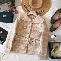 韓系LADY法式浪漫質感專櫃區韓系厚磅小香娃娃翻領排扣綁帶千鳥格粗花毛尼外套 2色