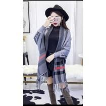 韓系經典格紋針織中長款寬鬆毛料流蘇斗圍巾造型篷披肩外套 3色