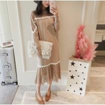 韓系休閒有型領口蕾絲拼接長版魚尾連身蕾絲裙 2色