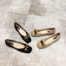 ✽✾韓國東大門~新款上市✽✾金屬造型小香風氣質低跟超軟平底鞋✔超減齡 ✔超質感 ✔超好搭  2色 35-39