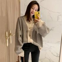 韓國東大門~冬季首爾熱賣款♥復古慵懶風V領單排扣寬鬆不規則菱形紋路毛衣外套✿超質感~☁ 上班~洽公~出遊必備 ◙ ◚ ◛