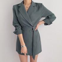 韓國東大門~夏季設計首爾熱賣款✿輕熟風條紋翻領單排扣腰帶薄款長袖西裝式連身洋裝✿超氣質~☁ 約會~旅遊~上班~必備 ◙ ◚ ◛ 3色可選 S-XL